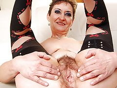 Unshaved granny pussy