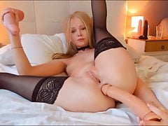 Molly's Anal Games