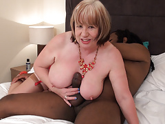 Mature busty BBW SpeedyBee takes HUGE black cock