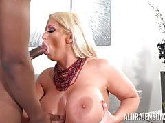Hot MILF Alura Jenson takes deep young college black cock