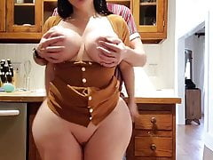 Help! stepson, i'm stuck in the kitchen, fucking with bigtits mom